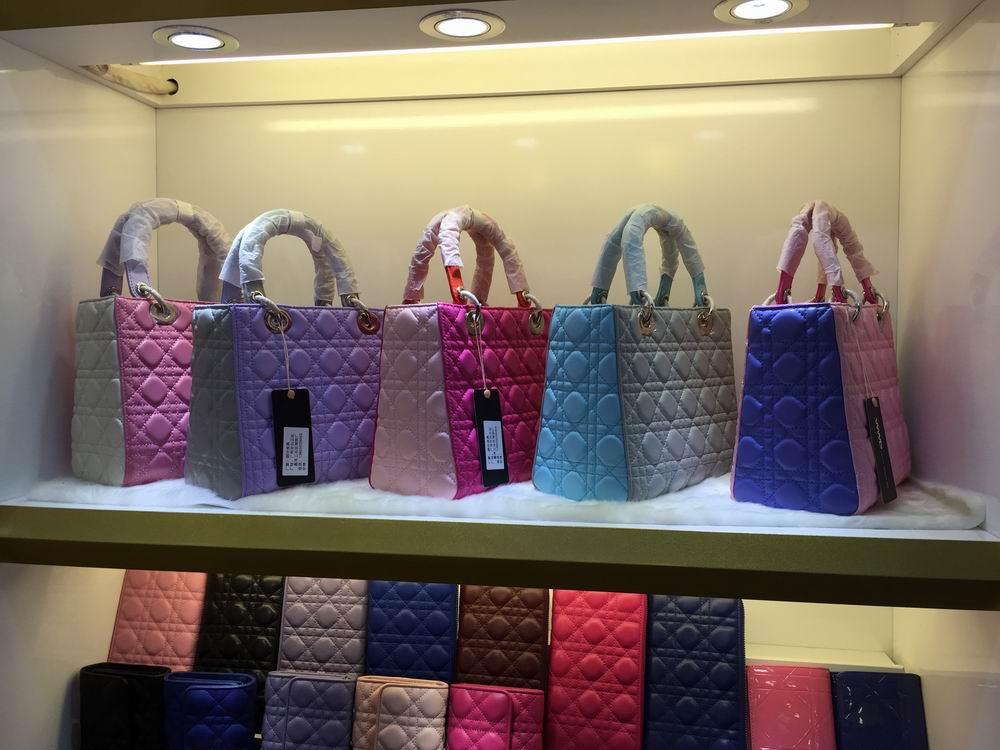 Lady Dior包包尺寸有哪些?